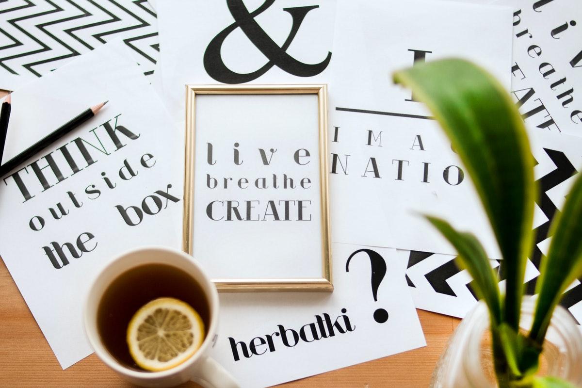 design typography frame
